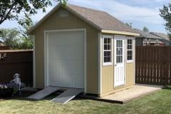 10x10 | Beige Siding | Teak Roof