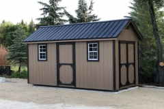 8x16 | Buckskin Siding | Black Metal Roof