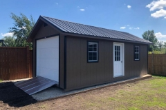 12x24 | Quaker Tan Siding | Black Metal