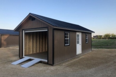 12x24 | Quaker Tan Siding | Black Metal Roof